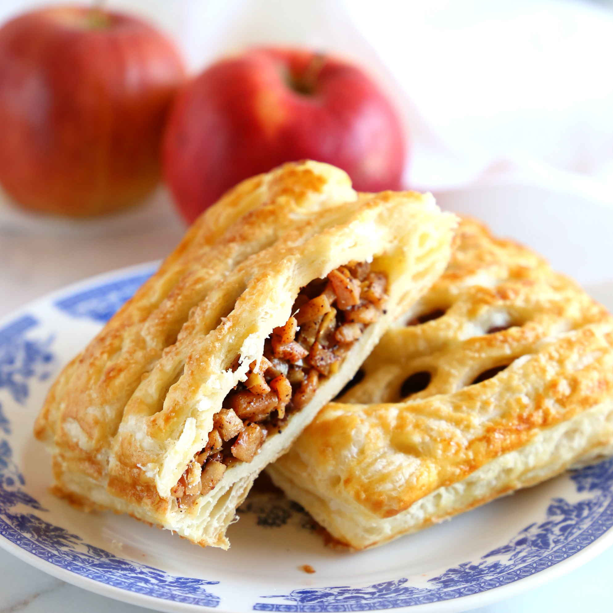 Easy Homemade Apple Strudel