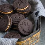 Homemade Halloween Oreos
