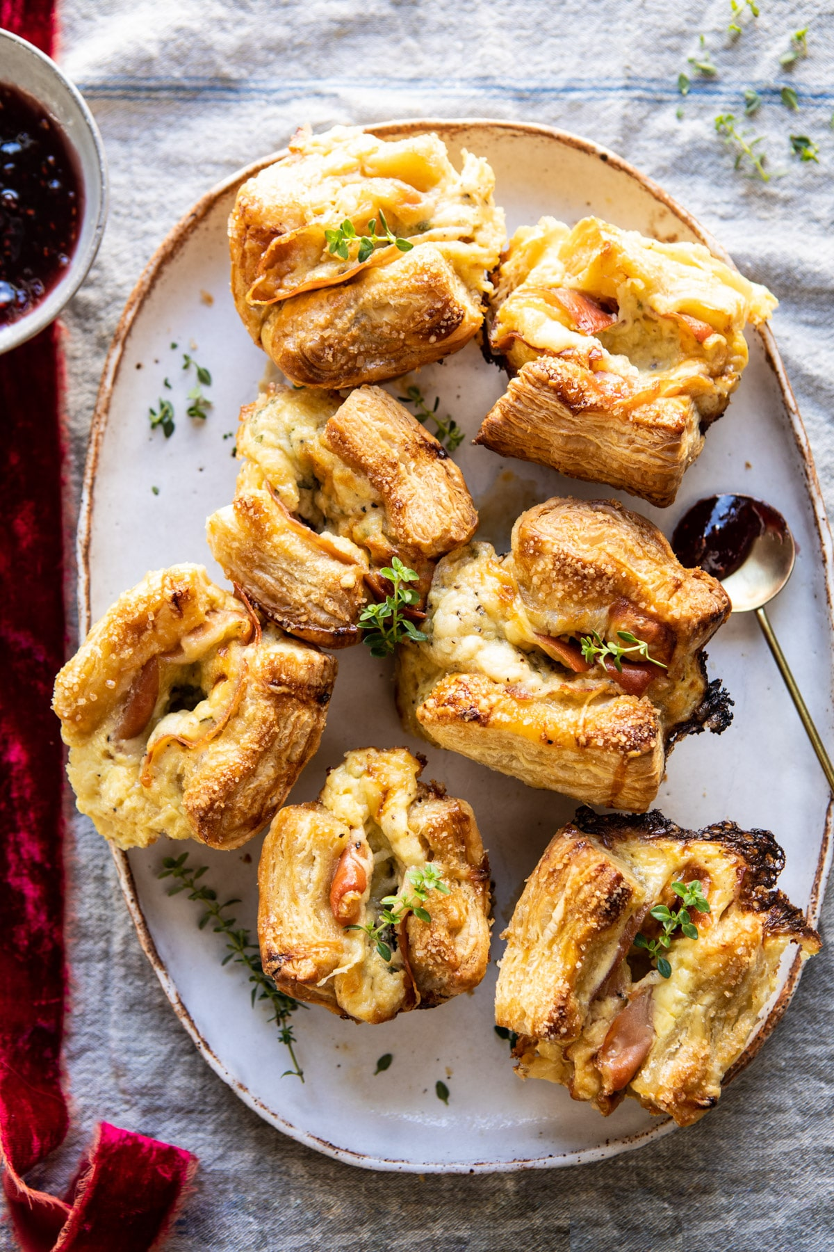 Easy Cheese and Prosciutto Croissants